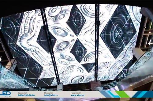 """Светодиодный потолок в торговом центре """"Нора"""" изображение 2"""