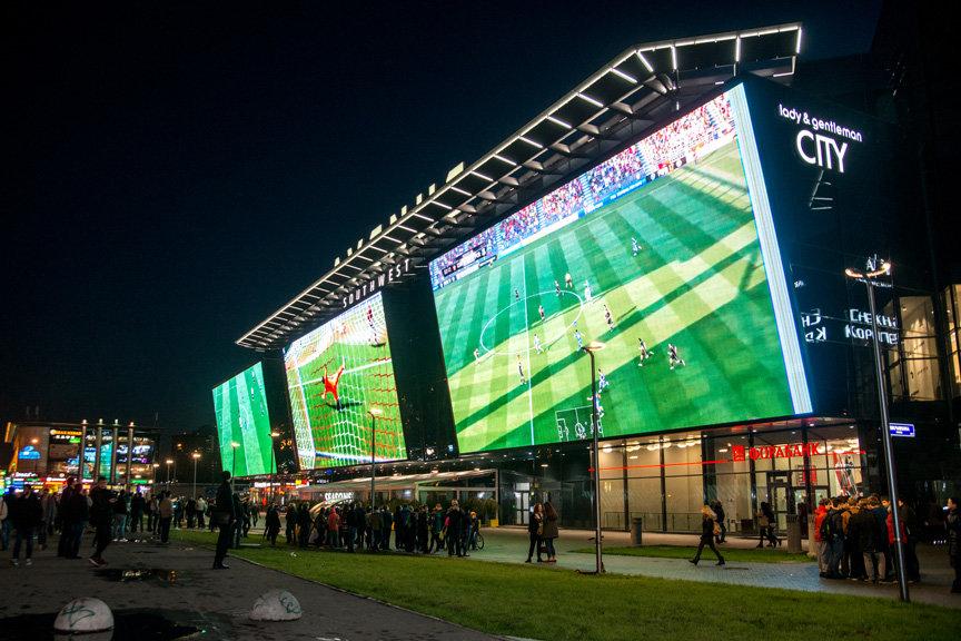 Большой экран для большого футбола
